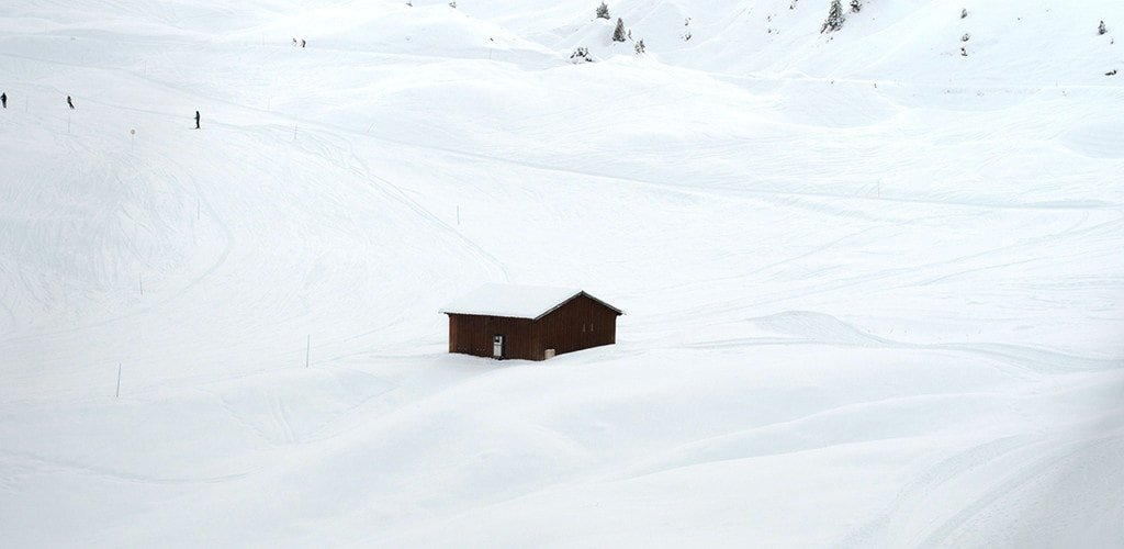 A lone mountain lodge in La Plagne
