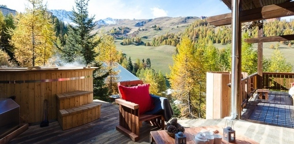 Amazing views from the hot tub at Chalet Perle in the sunshine