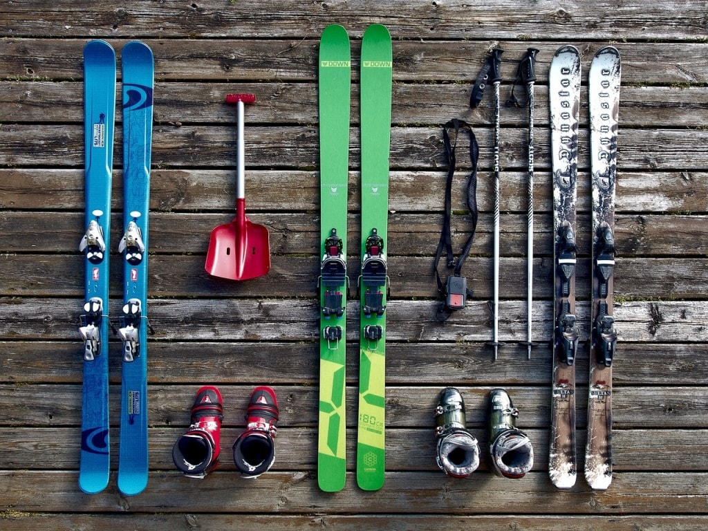Hiring skis vs. buying skis