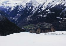 The snowy slopes between La Rosiere & Les Eucherts