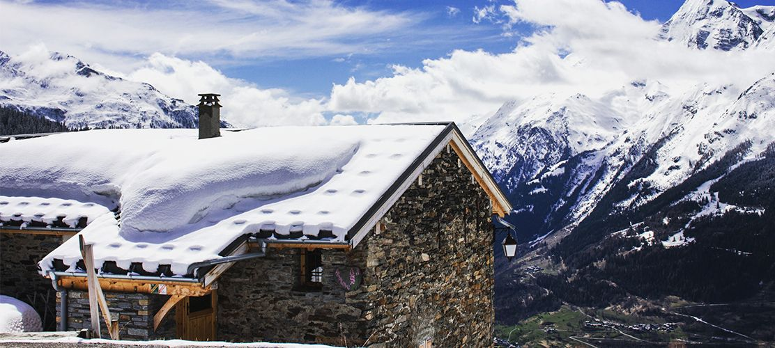 Chalet Epilobe over looking the La Rosiere mountains