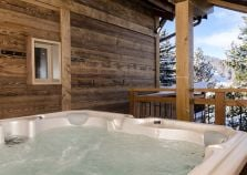 The newly installed hot tub with views of La Plagne